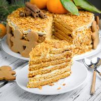 5 вкуснейших тортов для праздничного чаепития