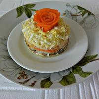 Новый слоеный салат - вместо традиционного оливье и селедки под шубой