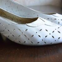 Народные средства для чистки белой обуви