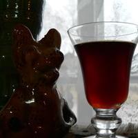 Витаминный напиток из сушеного шиповника