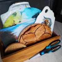 Деревянный контейнер для хранения плоских кухонных принадлежностей
