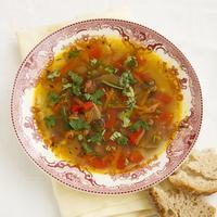 Овощной суп с грибами и копченостями