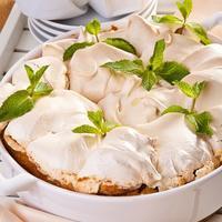 Домашняя выпечка выходного дня - ореховый пирог
