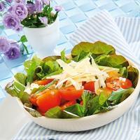 Ресторанный салат на скорую руку: хозяйке на заметку