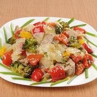 Как вкусно и быстро накормить мужчину? Рагу из свинины и овощей в мультиварке