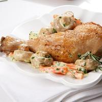 Курица с нежным сливочно-грибным соусом - очень аппетитно!