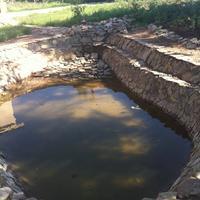 Бассейн или пруд, кому как нравится:)