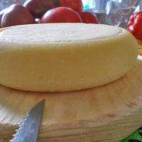 Твёрдый сычужный сыр