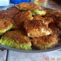Шницели из савойской капусты и сыром