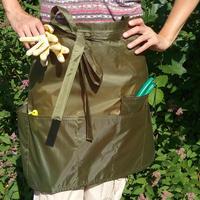 Дачная мода своими руками: фартук для садовых работ