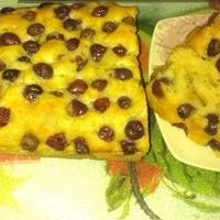 Кекс с яблоками и виноградом - отличная альтернатива шарлотке