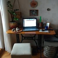 Дорогие семидачники, а есть ли у вас местечко, где вы наедине с ноутбуком бодрствуете в Семидачье?