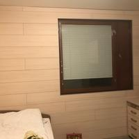 Секрет аккуратной отделки стен деревянными панелями