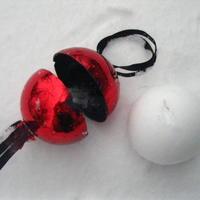 Снежколеп из ёлочного шара своими руками)