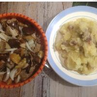 Картошка с зажаркой из бекона и лука