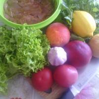 С едой на Ты, или Рецепты от Кости. Тёплый салат с куриной печенью и персиками с тостами из белого хлеба и творожным мягким сыром