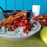 Шивит Ош или (Хорезмский лагман) и салат из запечённых перцев