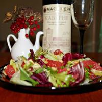Рецепт легкого и полезного салата с грейпфрутом и кедровым орехом