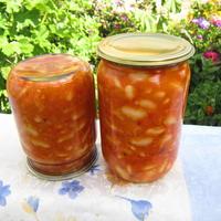 Фасоль в томате - сытно и вкусно!