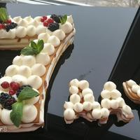 Семидачный юбилейный торт