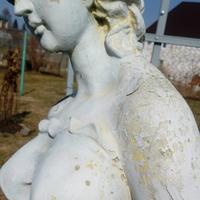 Чем можно покрасить статую?