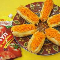 Удался эксперимент - съели всё в один момент!)) Хот-дог с ветчиной и морковкой