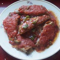 Рыбка в томате для мужа и бати))