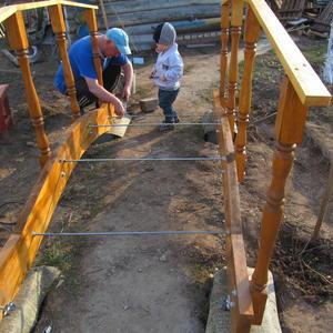 Строительство мостика на приусадебном участке