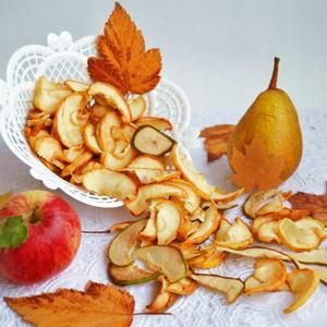 Отличный способ сохранить яблоки и груши - высушить в дегидраторе