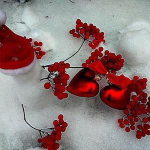 От жара калины красной снег начинает таять