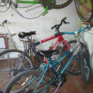 Велосипедник