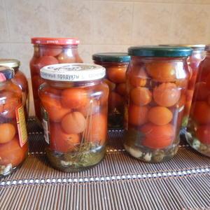 Миниатюрные помидорки