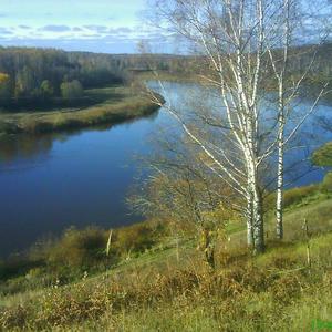 Волга у истоков. Осенний пейзаж