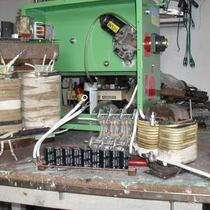 Сварочный аппарат в процессе сборки