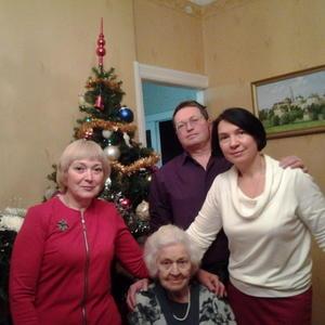 Наша семья у ёлки