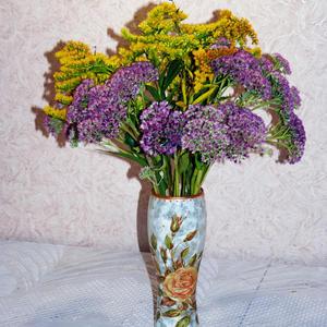 Цветы октября в вазочке ручной работы...