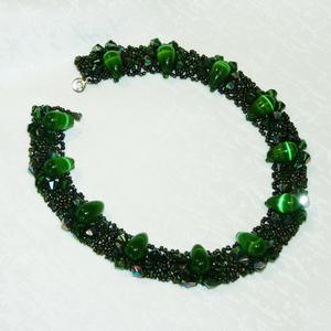 Зелёный цвет - один из любимых в бижутерии...