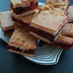 Пирожки с дачными ягодками