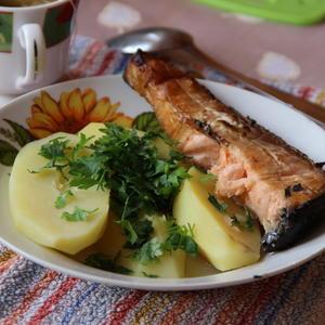 Рыбка гриль и молодая картошечка