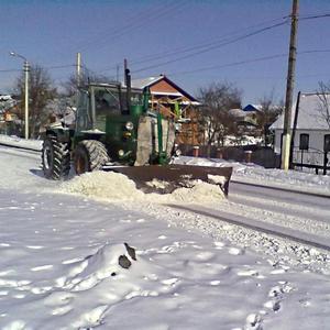Чистка дороги после снегопада