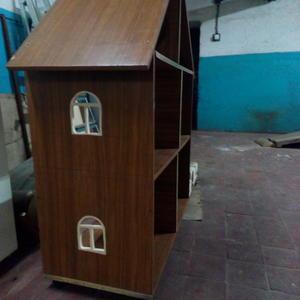 Строим домик-стеллаж для внучки