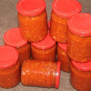 Аджика морковная, яркая и вкусная