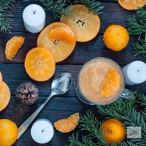Смузи мандарин - хурма - в моем стакане настоящая зима!