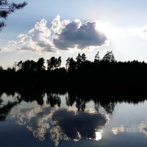 Вечернее озеро.