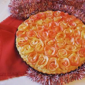 """Пирог """"Яблочные розы"""" на снегу"""