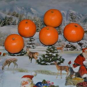 Мандарины пошли в ход - совсем скоро Новый год!)