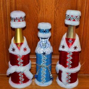 Новогодние костюмы для подарочных бутылок (рукотворные)