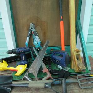 Это мои любимые инструменты. А грабли-тяпки не покажу, они нелюбимые...