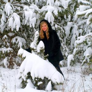 Здорово зимой полазить по сугробам да пофотографироваться!!!