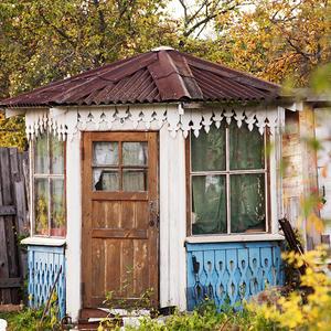 Беседка - маленький домик